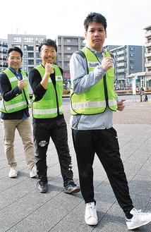 (左から)からだメンテナンスnicoの矢上代表と平林会長、土門さん