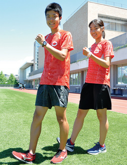 2年連続で出場する吉川選手(左)と初出場の富樫選手