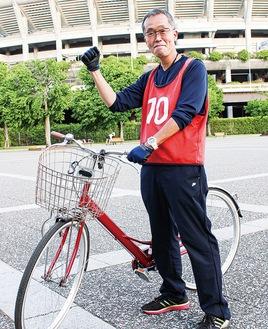 ベトナムコーヒーの輸出入や販売も行う。「自転車教室でアジア進出もしたい」と夢は広がる
