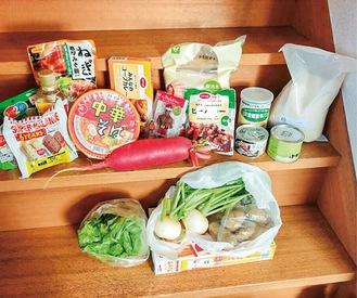 配布する食品の一例
