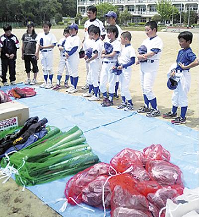 被災地の野球少年を応援