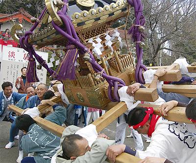 伝統の神輿