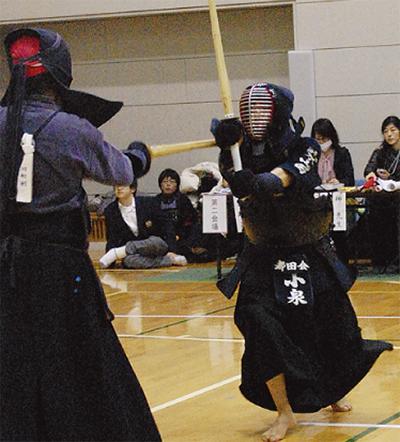 剣士たちが技競う