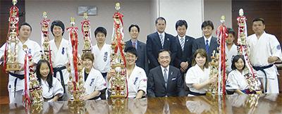 県知事を表敬訪問