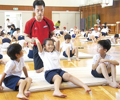 五輪経験選手が体操指導