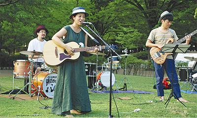 遺跡公園で音楽ライブ