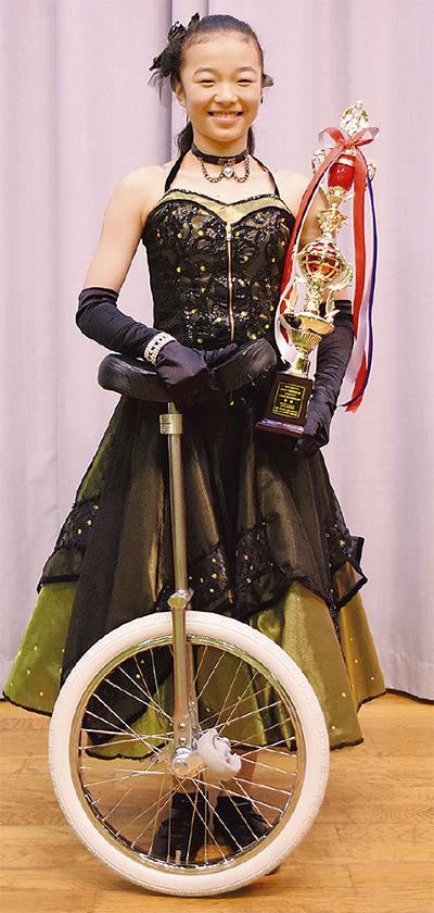 山本さん(川和中2年)がソロで優勝