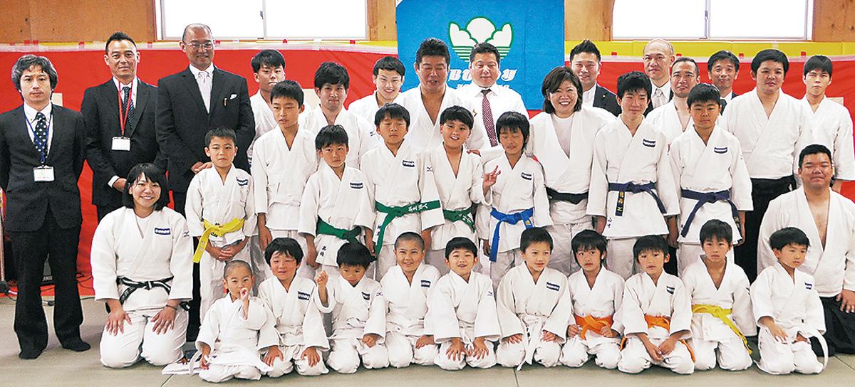 バディ 勝田町で道場開き 師範は五輪メダリスト   都筑区   タウンニュース