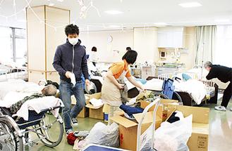 被災した高齢者を受け入れた同施設(26日)