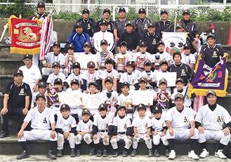 A・Bブロックで優勝した旭北少年野球部