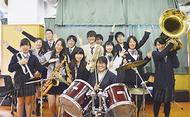 県立2校と合同で演奏会