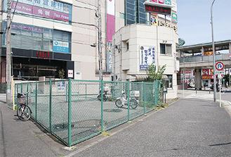 交番横のスペースに7月から喫煙所が設置される