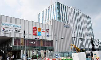 二俣川駅南口に直結するコプレ
