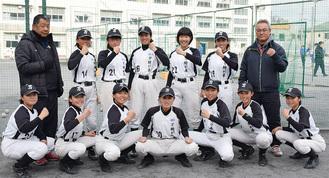 12人の少人数ながら県制覇を成し遂げた同部