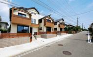 駅徒歩4分、南道路に面した上質なデザイン住宅