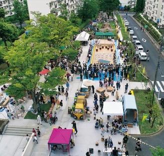 フェスティバル会場の広場(撮影=abanba inc. )