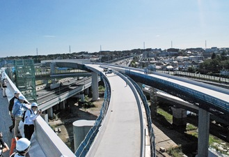 10月に公開された青葉JCT付近の工事現場
