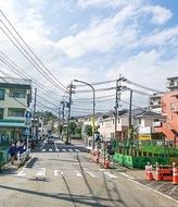 護岸改修し道路拡幅