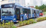 18mの連節バス運行