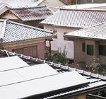雪は家の大きなダメージに