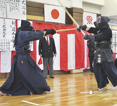 武道で示す 治安への気合い