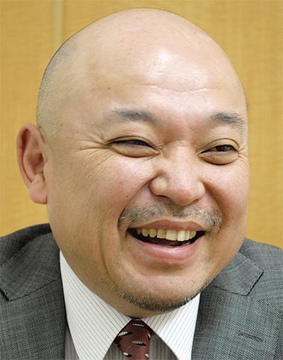 小山 芳彦さん
