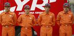 仙台市内で活動した下瀬谷特別救助隊の隊員左から本多隊長、篠原さん、吉越さん、内藤さん