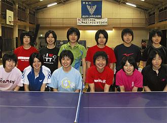 県予選を突破した横浜隼人女子卓球部のメンバー1年生の多い若いチームで関東大会でも優勝を狙う