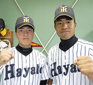 思いを語る主将の北原君(右)とエース左澤君