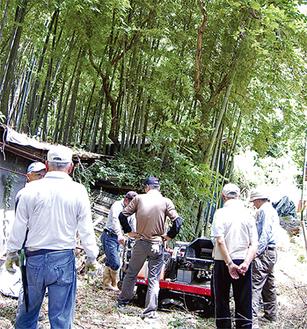 猛暑の中、竹林整備に汗を流した