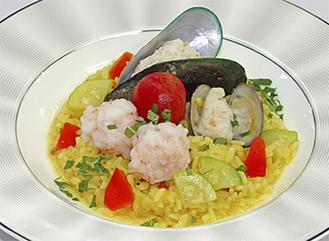 軟菜食(パエリア)も味を追求