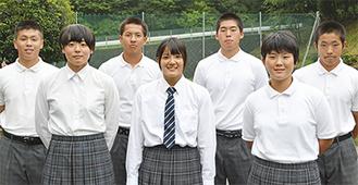 関東大会に出場する瀬谷西の選手(前列右から)姫野さん・上坂さん・田中さん(後列右から)齋藤君・神原君・松井君・岩見君
