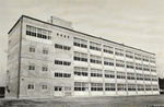 開校当時の校舎は1棟のみだった
