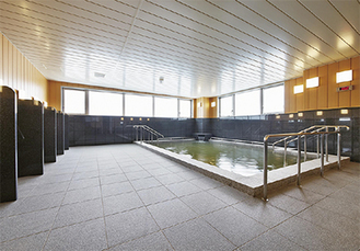 天然温泉大浴場も併設