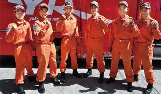 快挙を成し遂げた選手ら。写真左から矢澤志孔さん、小園英志さん、田丸隊長、加藤さん、横道拓郎さん、宮原学さん