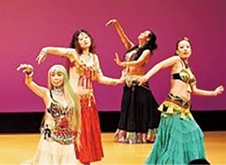 ダンスグループが出演
