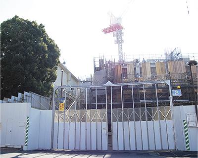 完成間近の新庁舎