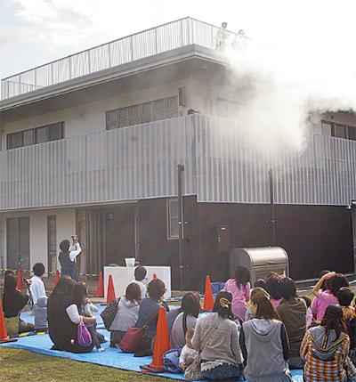 福祉施設で消防訓練