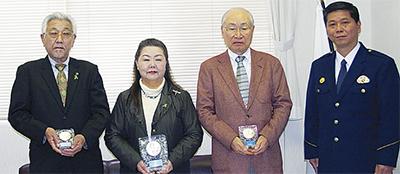3人を本部長表彰