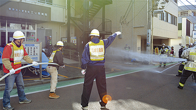 火災想定し連携訓練