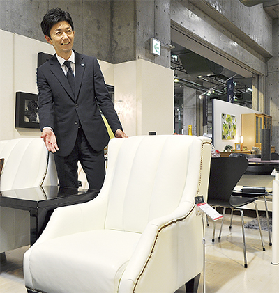 リユース家具を導入
