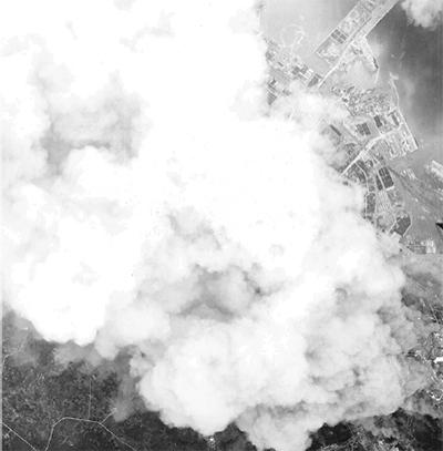 「平和のための戦争展」