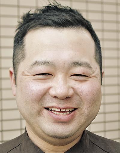 塚本 芳弘さん