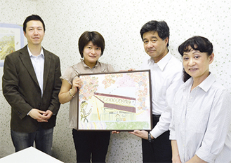 左から阿部代表、佐野さん、森脇理事長、島田施設長