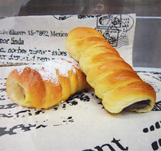 7種類のパンが80円〜