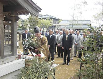 毎年4月13日に春祭りが行われている=横山勇太朗さん提供