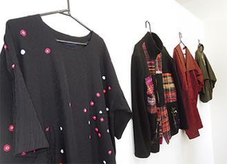 和服から生まれた数々の洋服(写真は昨年開催時)