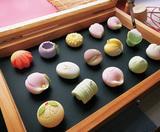 季節の和菓子作り