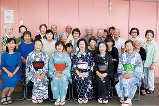 盆踊りの練習に励む下和泉地区住民ら