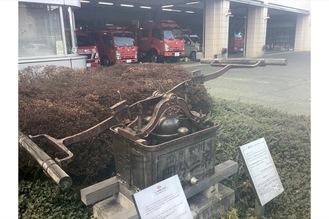泉消防署入口にあるモニュメント